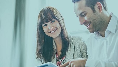 Online zum Geprüften Fachwirt für Versicherungen und Finanzen IHK durchstarten - neues Blended-Learning-Konzept am Studienort München